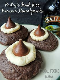 Bailey's Irish Kiss Brownie Thumbprints via thefrugalfoodiemama.com #browniemix #irishcream