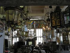 Chicago Furniture Consignment Antique Warehouse And Resale Shops On Pinterest Building