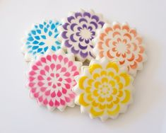 Accenting Decorated Cookies with Stencils {Guest Post}