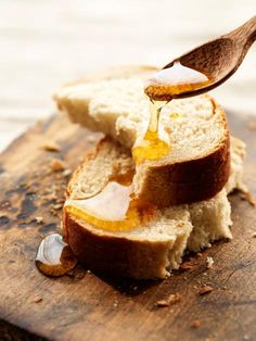 Bread with fresh olive oil