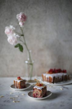 red currant cake wit