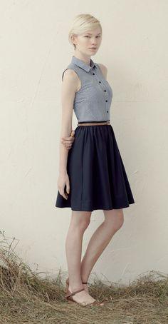 LANA Blue Gingham : Sleeveless blouse, collar, chest pockets, bias-cut  FRANCE Navy: Skirt with gathered waist, thin waistband. Betina Lou Spring-Summer 2013-14