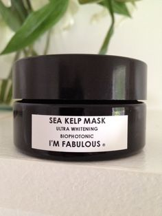 BRIGHTENING MASK. CLOSE UP LARGE PORES, BRIGHTEN THE SKIN AND GIVE YOU A FACE LIFT IN 20 MINUTES!  IM-FABULOUS.COM