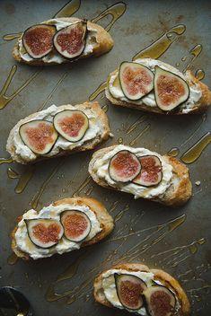 Fig, honey, and ricotta tartines