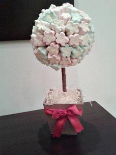 Topiaria de Marshmallow  Ótima opção para enfeite de mesa, lembrancinha e decoração