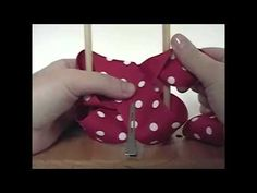 How to Make a Twisted Boutique Hair Bow - TOTT Instructions.  More instructions are at http://www.theribbonretreat.com/Catalog/free-hairbow-instructions.aspx boutiques, twisted hairbows, bow bow, boutiqu hairbow, ribbon, hair bows, twist boutiqu, diy hairbow, bow easi