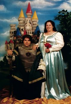 30 Most Awkward Engagement Pictures Ever! 29 more on the site!