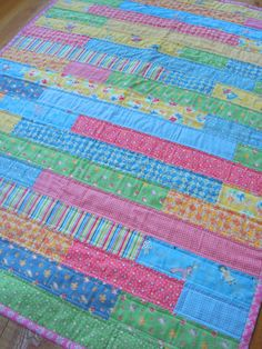 Easy Quilt Pattern PDF, Wooden Deck Quilt, FQ friendly. $9.00, via Etsy.
