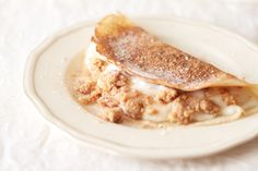 The Kate Tin: Milk tart pancakes with cinnamon crumble