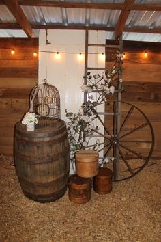 """Southern Vintage wedding rentals at Vinewood Weddings & Events - Fall rustic wedding #theweddingpicker (check out other wedding accessories at """"theweddingpicker"""" Etsy shop!)"""