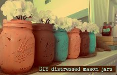 DIY Distressed Mason Jars #DIY #masonjars #pastels #distressed
