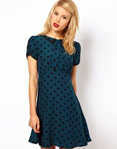 Crushing on polkadots! This is a gorgeous teal coloured skater style dress from ASOS, which can easily be 'matured' by pairing it with a sleek tailored blazer <3 In love!!! http://rstyle.me/~CfLL spots, fashion, cloth, mini dresses, lindy hop style, aso mini, minis, prints, spot print