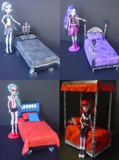 Monster High Dolls House Beds