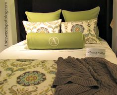 Beautifully patterned duvet  http://thesweetspotblog.com/five-click-friday/