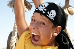 Boys love a good pirate themed party. Find decoration, game and food ideas here.