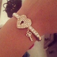 Bracelet with the key