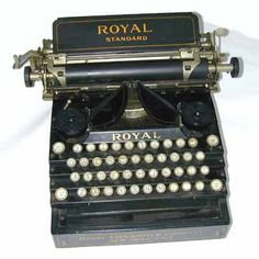 I wish our old #typewriter actually worked.