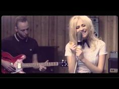 """Pixie Lott - """"When You Were My Man"""" [Live At The Pool]"""