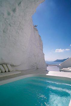 Katikies Hotel Cave Pool / santorini greece