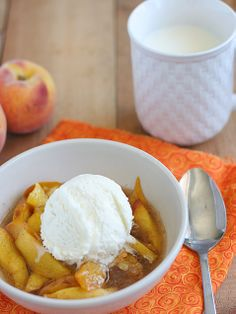 Scalloped Peaches in the Slow Cooker http://www.ivillage.com/slow-cooker-desserts/3-a-562042