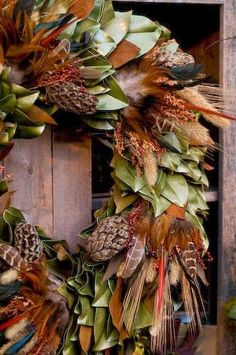 Habitually Chic®: Last of the Autumn Inspiration - this is a gorgeous wreath!