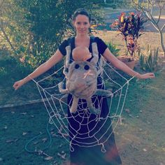 halloween custom, kid halloween costumes, baby wearing, halloween idea, spider webs, halloween costume ideas, baby carriers, baby halloween costumes, charlottes web