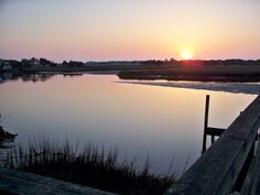 "Pawleys Island is located 12 miles north of Georgetown and 22 miles south of Myrtle Beach. This relaxed beach community has only 200 year-round residents, but thousands of part-time residents and visitors. It is often described (with pride) as ""arrogantly shabby."""