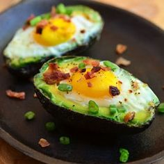 Avocado Egg Cups HealthyAperture.com #eatcleanpinparty #EatingWell
