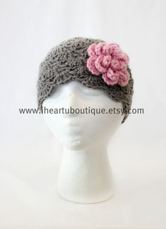 Vintage inspired hat with flower