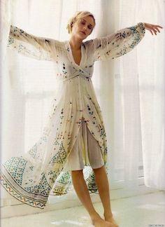 Diane Kruger in a Chloe Fall 2005 dress.