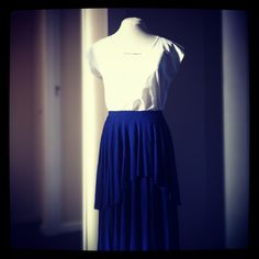 Layered Circular Skirt, Navy with White Cotton Block Top. This special top has an antique lace trim on the neckline. www.lo-studio.biz  http://www.facebook.com/lostudiopage