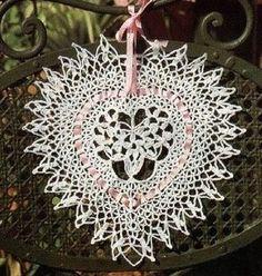 http://crochet-plaisir.over-blog.com/categorie-12330740.html  diagramme