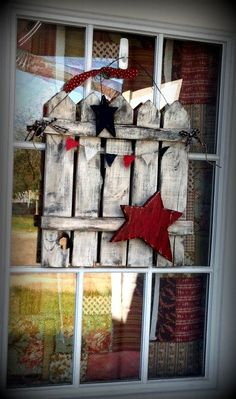 Rustic Americana Decor | Americana Rustic Reclaimed Wood Picket Fence by SoPurdyCreations
