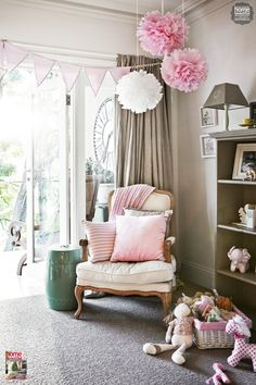 A pretty in pink girl's room that's both elegant and fun. Get the look with our Henri chair: http://www.mattblatt.com.au/French-Provincial-Chairs/Henri-French-Provincial-Armchair.aspx?p4984c46#4983