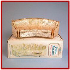 Ideal Petite Princess sofa dollhouse furniture