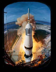 Lançamento da Apollo 11, Estados Unidos – 1969. (Ralph Morse/Time & Life Pictures/Getty Images)