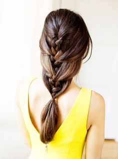 How obsessed are you with this French braid-ponytail hybrid?