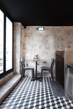 Paris New-York Restaurant / CUT Architectures -★-
