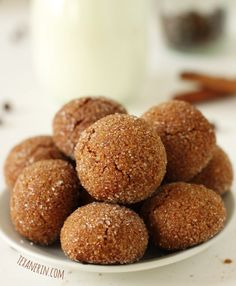 Soft and Chewy Ginger Cookies (grain-free, dairy-free) from texanerin.com