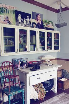 Such great storage solutions for a small area!!!