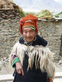 ladakh - old lady  India