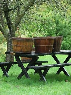 apple baskets apple baskets, old baskets, picnic tables, apple cider, orchard, apples, hous, barrel, countri