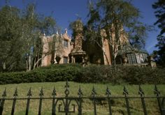 Haunted Mansion @Disney: our # 3 favorite spooky Orlando attraction! See what other attractions give us the creeps: http://blog.undercovertourist.com/2013/10/favorite-spooky-disney-universal-seaworld-attractions-halloween/