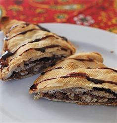 I am not sure...someone will have to try it and let me know: Leftover Candy Hand Pies. Chocolate Halloween candy chopped and baked in pie crust!
