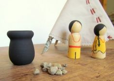 tutorial for painting Pilgrim and Indian peg dolls, and constructing a twig and fabric teepee (because a wetu is too hard!)