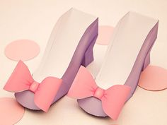 High Heel  Favor Box - DIY Printable Shoe with Bow PDF  via Piggy Bank Parties Perfect party shoes for Daisy Duck, Minnie Mouse and any girl soirée!