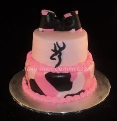 Pink/brown Camo Cake with Browning symbol