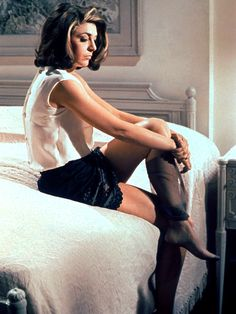 Anne Bancroft; production still from Mike Nichols' The Graduate (1967)