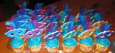 Cupcakes made with Fondant Masquerade Masks - I created these for a friend's Diva Masquerade Birthday event.