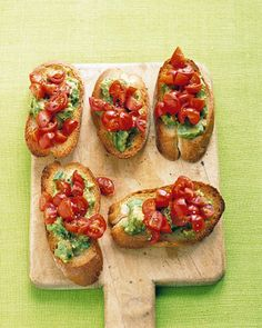 Tomato-Avocado Toasts – Quick Vegetarian Appetizer vegetarian appetizers, tomatoavocado toast, foods, cocktail parties, appetizer recipes, tomatoes, snack, backyards, vegetarian recipes